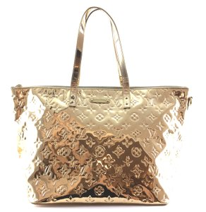 Louis Vuitton Tote in Gold PVC coated Monogram Miroir Mirror Limited Edition