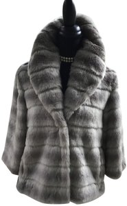 Juicy Couture Very Snap Closures Fully Lined Up Or Down Collar Grey Swan Faux Fur Jacket