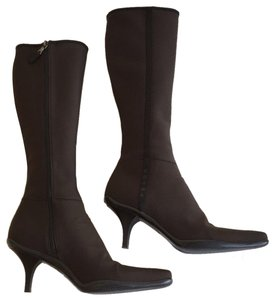 Prada Boots   Booties - Up to 90% off at Tradesy 1b3a2578ce7