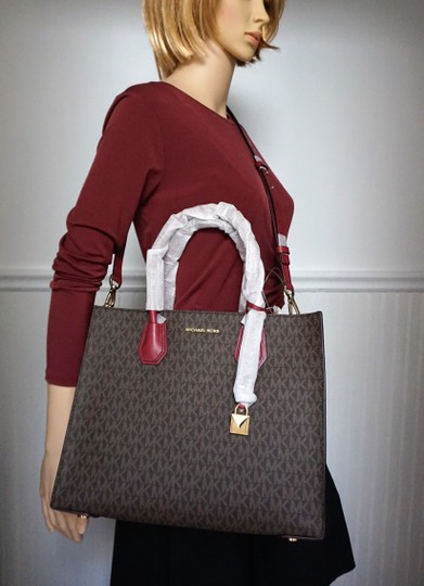 MICHAEL Michael Kors Tote in Brown & Mulberry Red Image 1