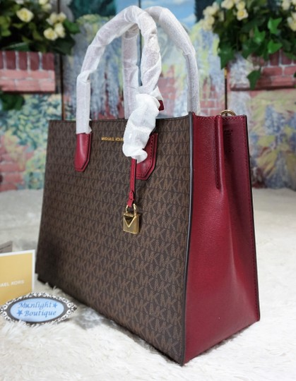 MICHAEL Michael Kors Tote in Brown & Mulberry Red Image 3