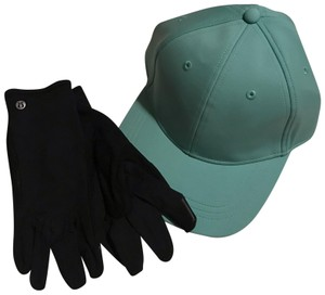 Lululemon FREE SHIP baller hat and run it out gloves