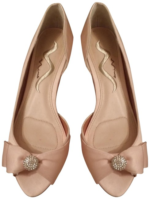 Item - Pink Peach New Bow with Rhinestone Button Satin Wedge Formal Shoes Size US 7.5 Regular (M, B)