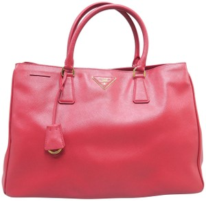Prada Saffiano Lux Medium Tote in Red