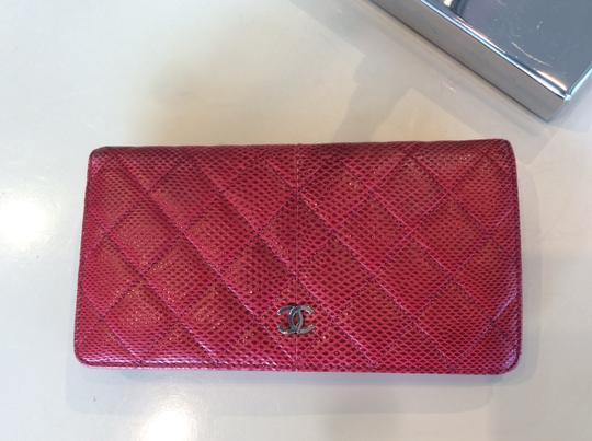 Chanel Cc Logo Lizard red bifold Wallet Image 8