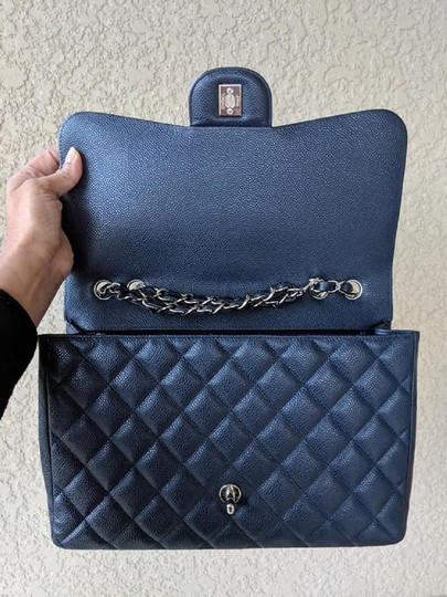 Chanel Single Flap Jumbo Caviar Quilted Jumbo Shoulder Bag Image 8