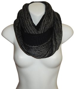 Boutique Chunky Marled Yarn Knitted Infinity Scarf