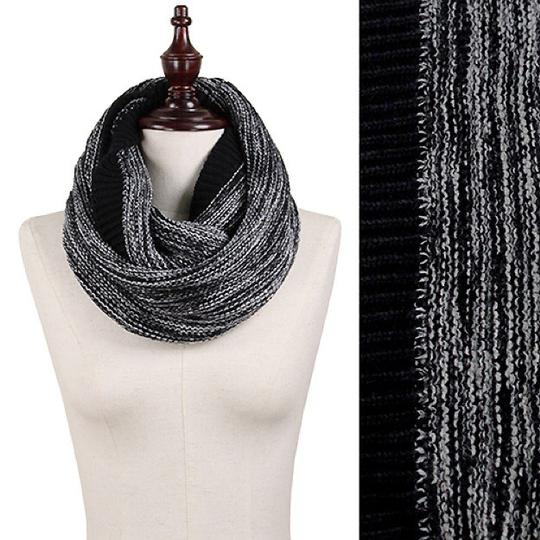 Boutique Chunky Marled Yarn Knitted Infinity Scarf Image 2