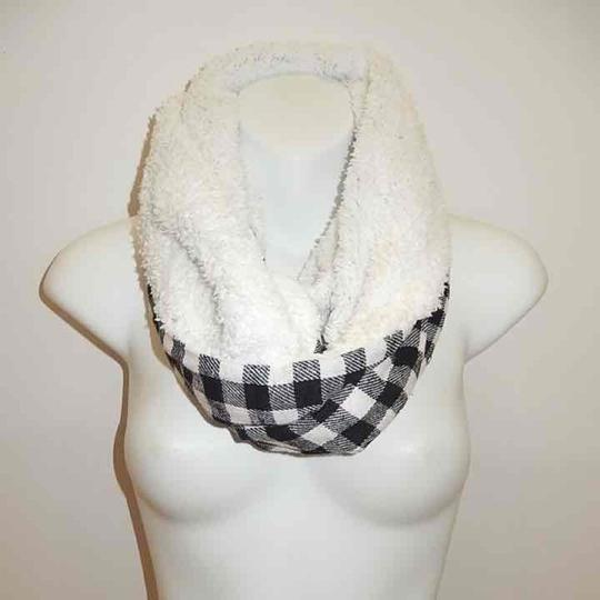 Boutique Double Sided Checker & Faux Sherpa Infinity Scarf Image 1