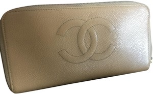 Chanel Chanel Beige Caviar zip around wallet