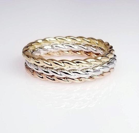 Sea Wave Diamonds Twist Band Ring in 14K Gold Image 3