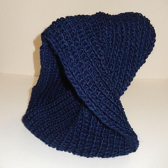 Boutique Navy Chunky Solid Rib Knit Infinity Scarf Image 1