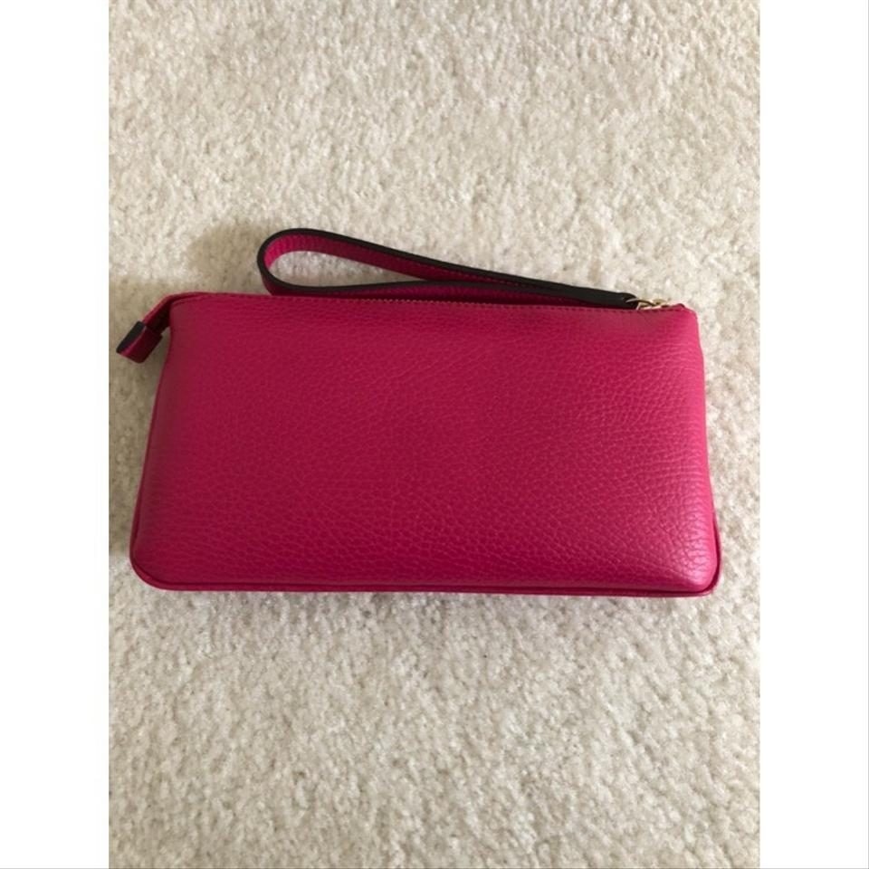 a196dadc1c42 Gucci Wristlet in Pink Image 5. 123456