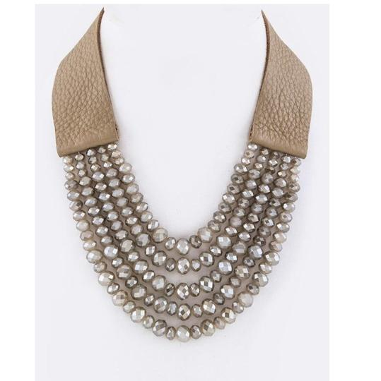 Preload https://img-static.tradesy.com/item/24443313/tan-genuine-leather-layer-beads-leather-necklace-0-0-540-540.jpg