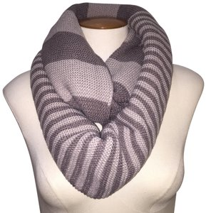 Boutique Chunky Two Tone Colorblock Knit Infinity Scarf, Taupe/Gray