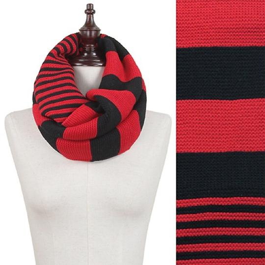 Boutique Chunky Two Tone Colorblock Knit Infinity Scarf, Red Black Image 1