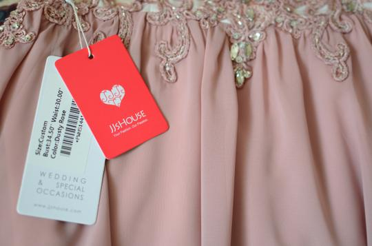 JJ's House Dusty Rose Chiffon Satin A-line/Scoop Neck Knee-length Feminine Bridesmaid/Mob Dress Size 6 (S) Image 10