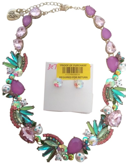 Item - Mauve New Kitten and Flower Necklace & Earrings