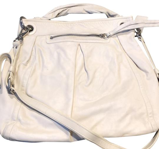 Preload https://img-static.tradesy.com/item/24443863/coach-large-parker-hobo-cream-soft-leather-satchel-0-1-540-540.jpg