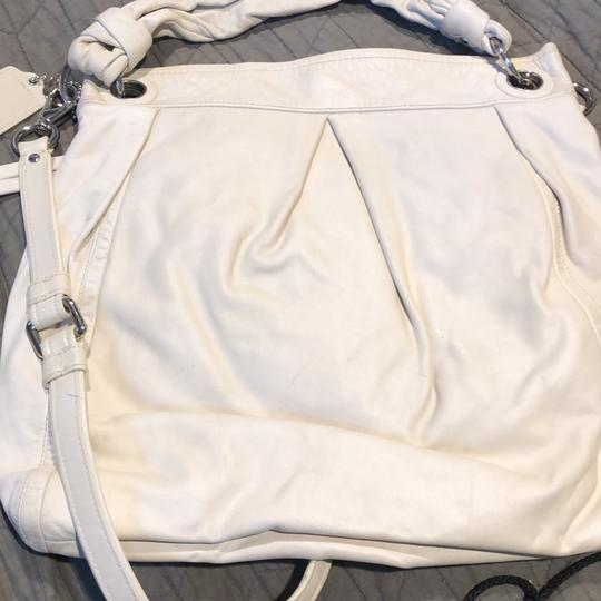 Coach Satchel in cream Image 1