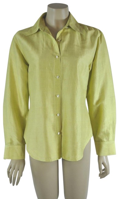 Preload https://img-static.tradesy.com/item/24443874/isaac-mizrahi-green-silk-shirt-blouse-button-down-top-size-6-s-0-1-650-650.jpg