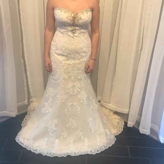 Preload https://img-static.tradesy.com/item/24444012/stella-york-ivory-lace-overlay-over-gold-lining-and-6119dmzp-formal-wedding-dress-size-8-m-0-0-540-540.jpg