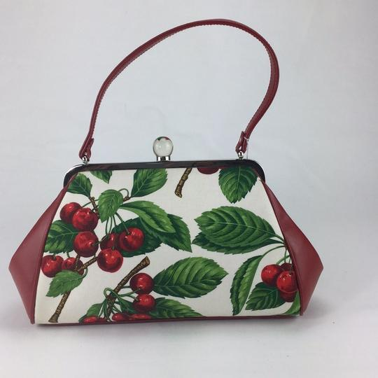 Isabella Fiore Satchel in red Image 2