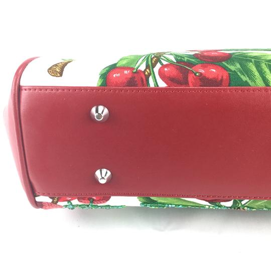Isabella Fiore Satchel in red Image 8