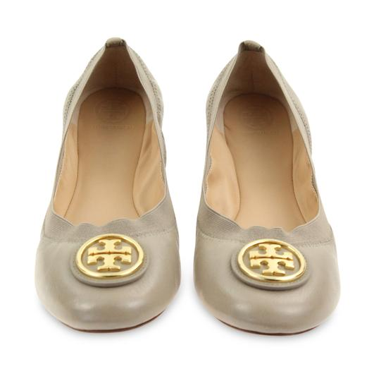 68c599daebb8 Tory Burch Grey Caroline 2 Elasticized Leather Ballet Flats Size US ...