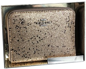 Coach Coach Boxed Small Zip Around Wallet W Star Glitter F38693 Silver/Gold