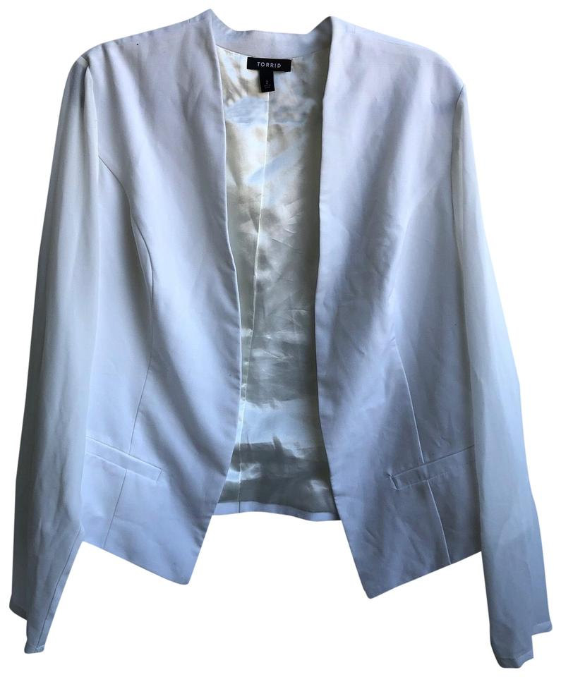 7a1541fef53 Torrid White Women s Jacket with Sheer Sleeves 2 Blazer. Size  24 ...