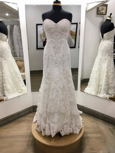 Casablanca Ivory Lace Bridals #1914 Formal Wedding Dress Size 6 (S)