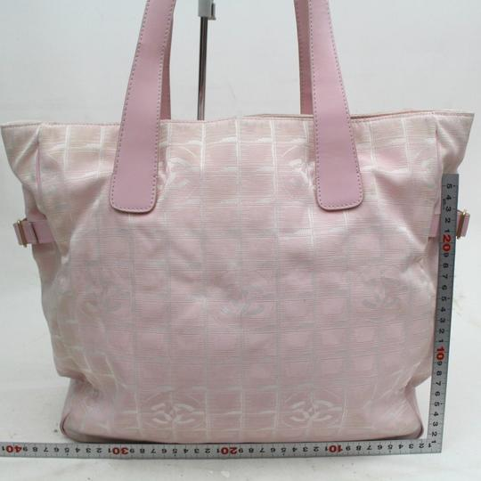 Chanel New Line Shopper Gst Quilted Leather Tote in Pink
