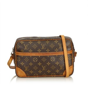 Louis Vuitton 8jlvcx084 Shoulder Bag