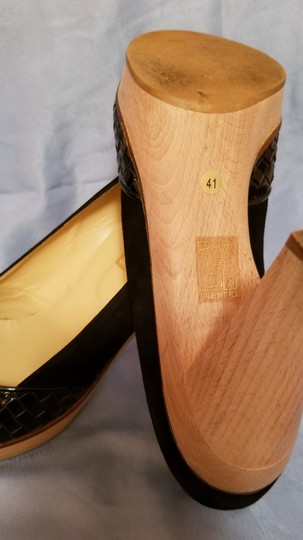 Be&D Made In Italy Wooden Black Pumps