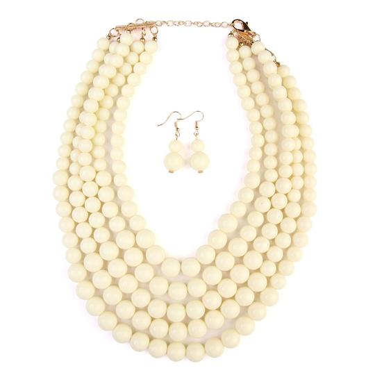 Preload https://img-static.tradesy.com/item/24447630/natural-bubble-multilayer-necklace-0-0-540-540.jpg