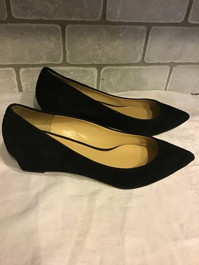 Talbots Classic Style Comfortable Fit Easy To Match Suede Black Pumps