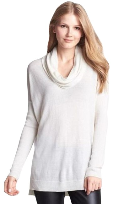Preload https://img-static.tradesy.com/item/24447753/vince-camuto-draped-ribbed-cowl-neck-long-sleeve-ivory-sweater-0-1-650-650.jpg