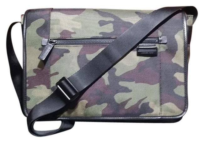 Item - Travis Camouflage Large Multi-color (Green) Army Nylon Messenger Bag