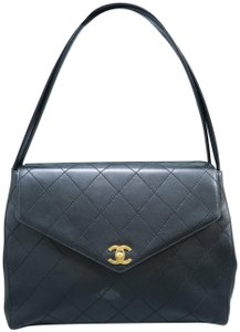 Chanel Calfskin Leather Vintage Shoulder Bag