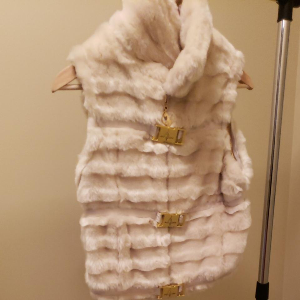 a6af57094 Baby Phat Cream with Gold Clasp Faux Fur. Coat Size 8 (M) - Tradesy