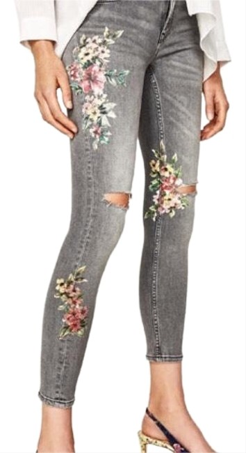 Item - Dark Grey Rinse Mid-rise with Floral Embroidery Skinny Jeans Size 10 (M, 31)