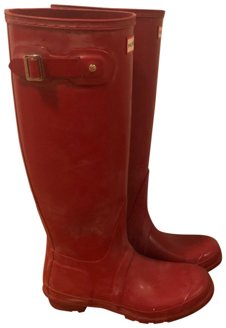 Item - Red Boots/Booties Size US 8 Regular (M, B)