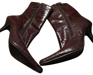 COVERGIRL Brown Boots