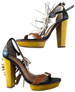 7f1639cf401 Women s Hoss intropia Shoes - Up to 90% off at Tradesy