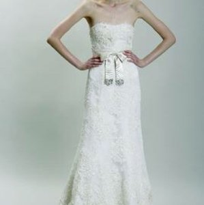 Monique Lhuillier Shades Of Ivory Off White Or Cream Lace Tulle Embroidered With Swarovski Crystal Gown