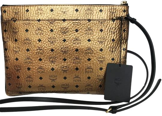 MCM Tote in gold