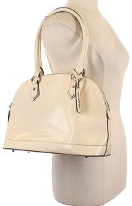 Cromia Patent Leather Shoulder Bowler Hobo Italy Satchel in Beige/Ivory