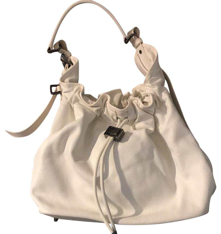 f29d131c55e3 Burberry Large Tote Iteffepi14sca White Leather Hobo Bag - Tradesy