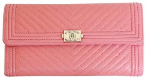 Chanel Wallet On Le Boy Chevron Cross Body Bag
